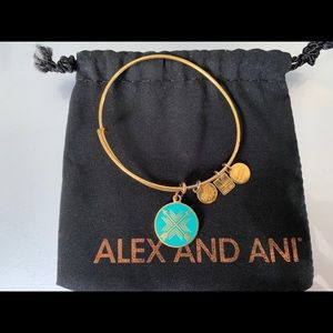 Alex And Ani / Bracelet